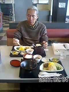 奄美大島で給油あんど昼飯